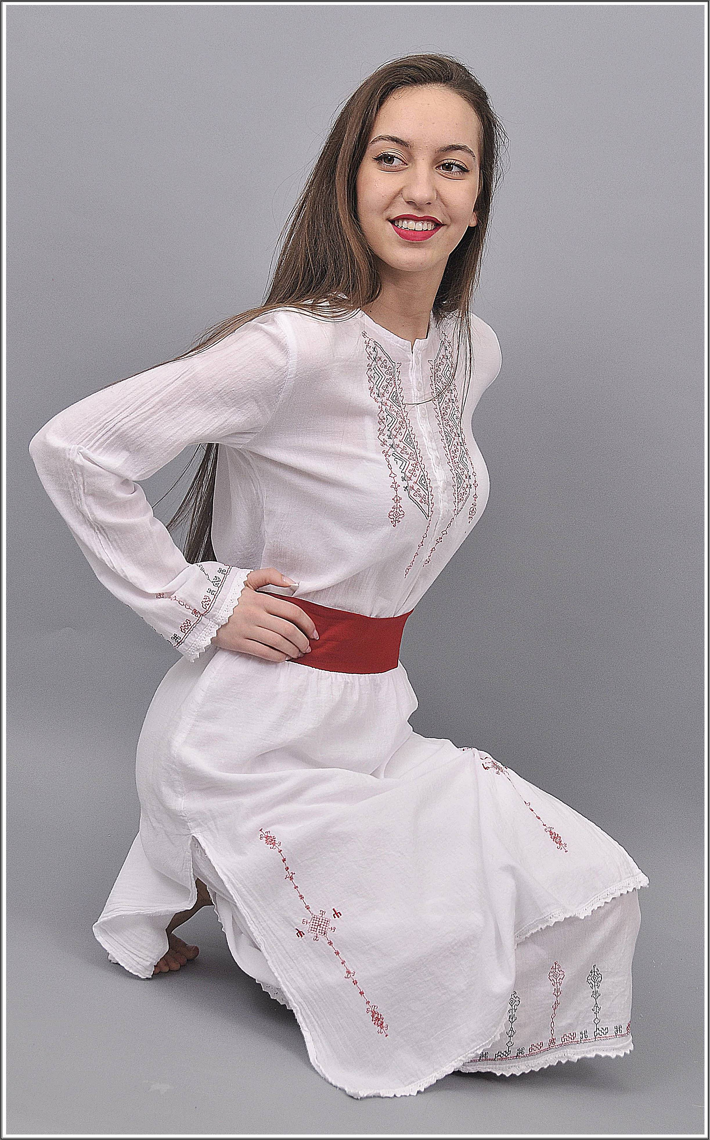 a11c27a4e7c ВАЛТЕКС е Българска фирма, която се занимава с производство и продажба на  едро и дребно на спортно-елегантни ризи, туники, рокли и панталони oт 100%  ...